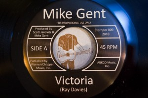 Mike Gent - Victoria - Headless Guitar Guy