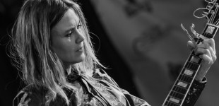 The Juliana Hatfield Three @ Paradise Rock Club 1.10.2015