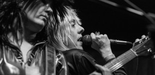 Queens Of Noise as The Runaways @ O'Brien's Pub 10.28.2015